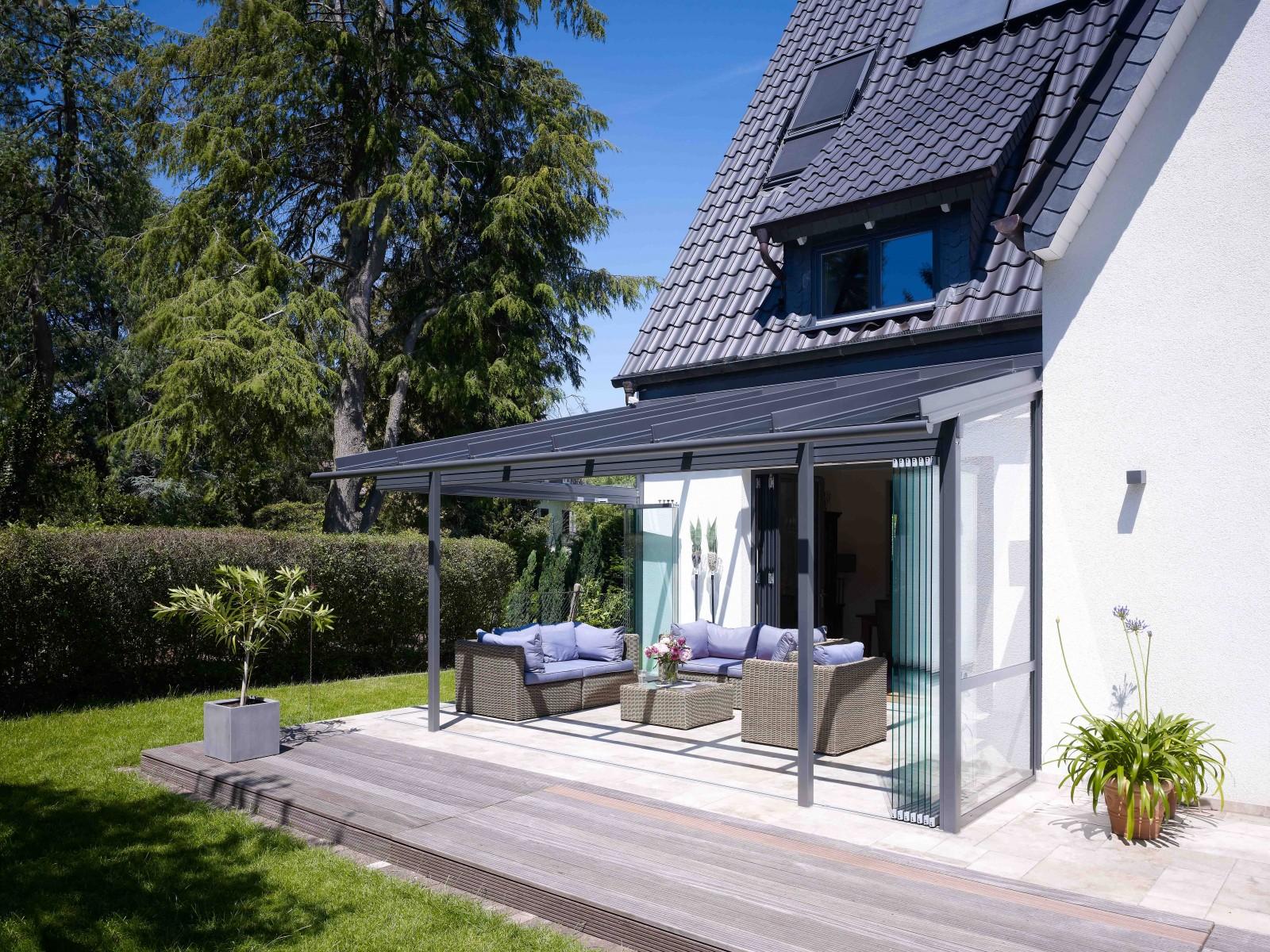pergola vitr e solarlux. Black Bedroom Furniture Sets. Home Design Ideas