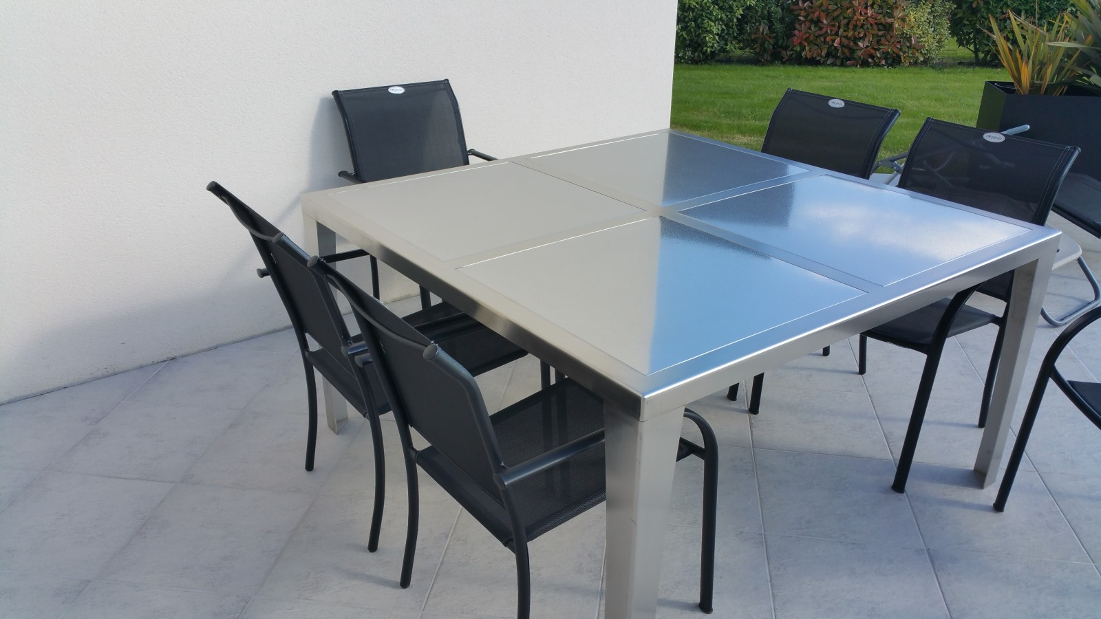 Emejing table de jardin design inox gallery amazing for Table jardin design