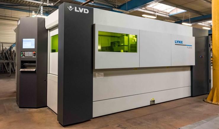 Machine de découpe laser à fibre d'OmniMetal
