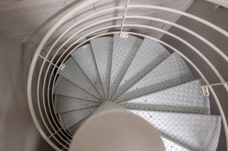 Escalier métallique hélicoïdal sur-mesure