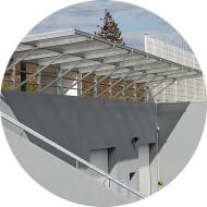 Auvent en acier galvanisé et verre-protection entrée de garage immeuble