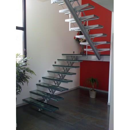 Escalier simple limon - Escalier limon central acier ...
