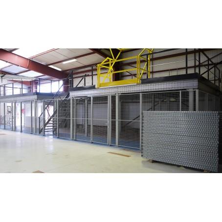 Plateforme industrielle sur poteaux